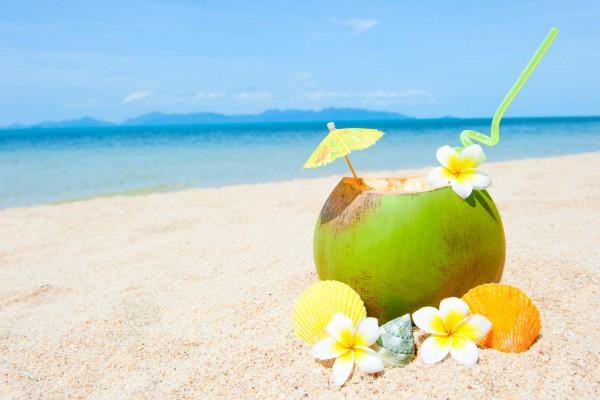Egzotikus, tengerparton kókusz koktél