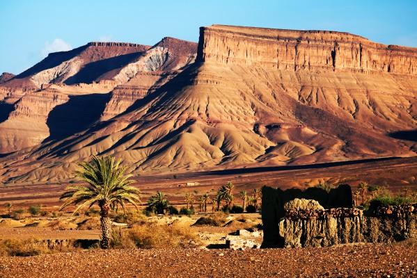 Marokkó - Atlasz hegység pálmával