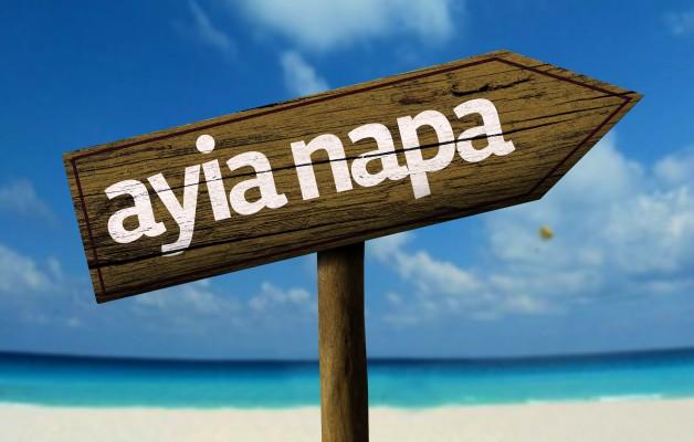 Tábla aya napa cipruson