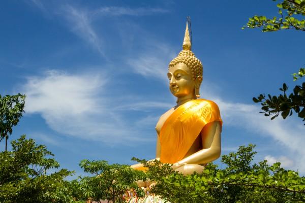 Thaiföld, nagy arany buddha szobor