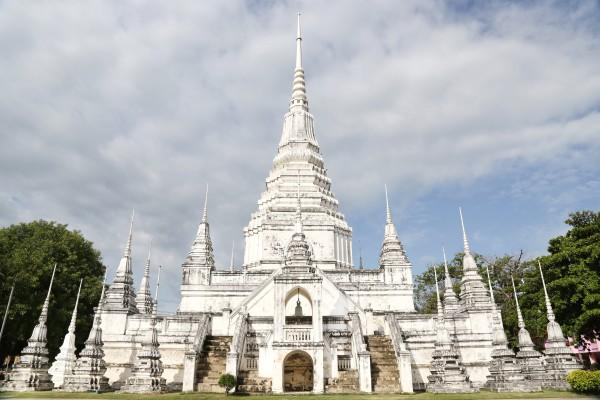 Thaiföld,Fehér templom