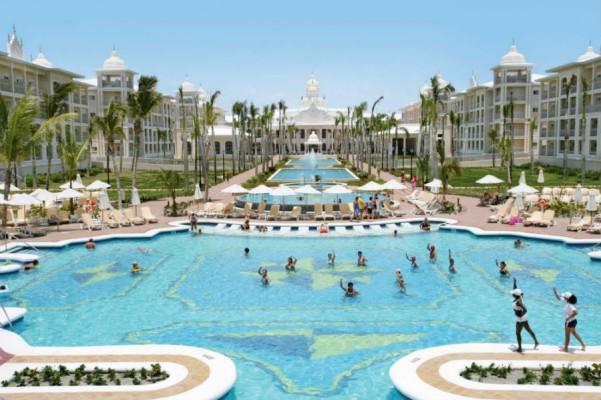 palace-resorts-punta-cana-lodozo.com